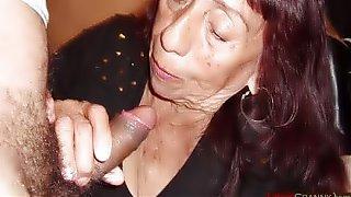 LATINA GRANNY Beautiful latin granny is sucking cock
