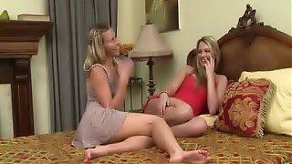 Lesbian Babe Kenna Gets Massive Orgasm With Babe Lenna