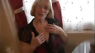 sex movie Sexy granny in pantyhose striptease