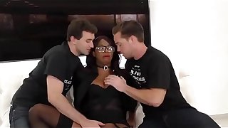 [HD] Ebony Jasmine Webb gets Fucked By Two Boys Til She Squirts