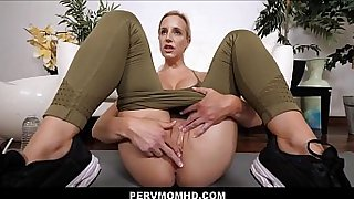 Hot Big Ass MILF Step Mom Seduces And Gets Family Sex With Young Big Dick Step Son POV