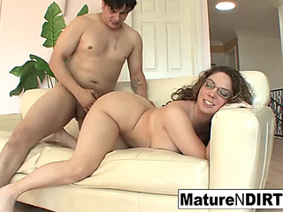 Brunette Hair mother i'd like to fuck in glasses seduces nephew on the daybed